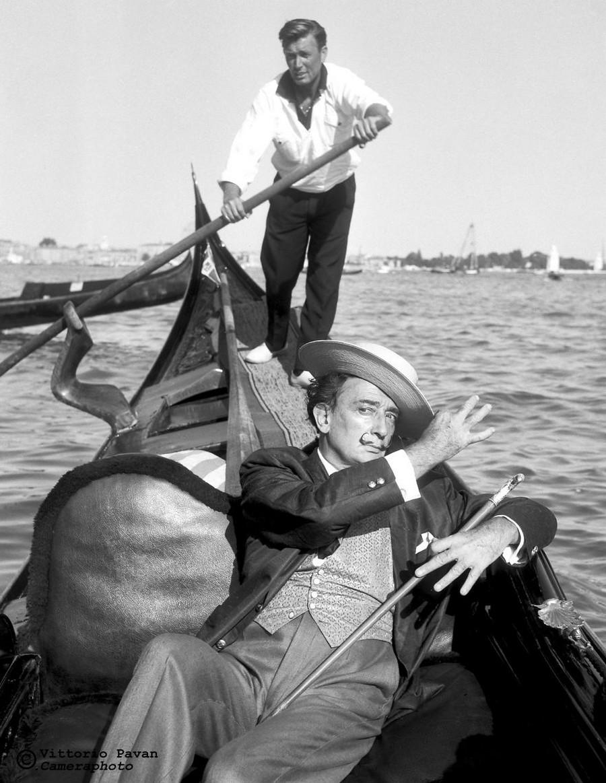 Редкие фотографии известных людей_ отдыхающих в Венеции в 1950_60_е годы 5