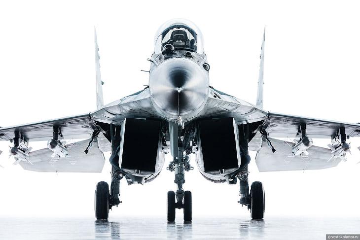 Съёмка истребителя МиГ_35 (1)