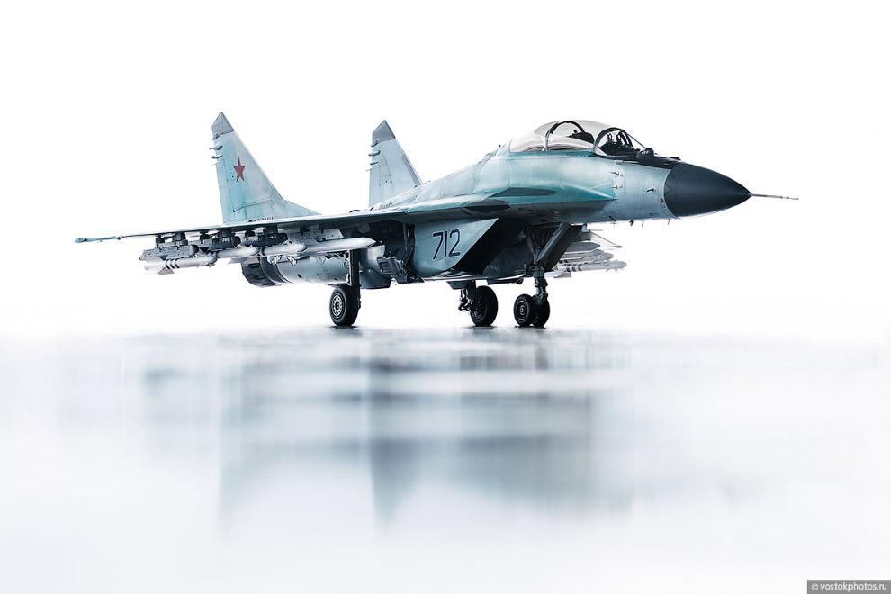Съёмка истребителя МиГ_35 (2)