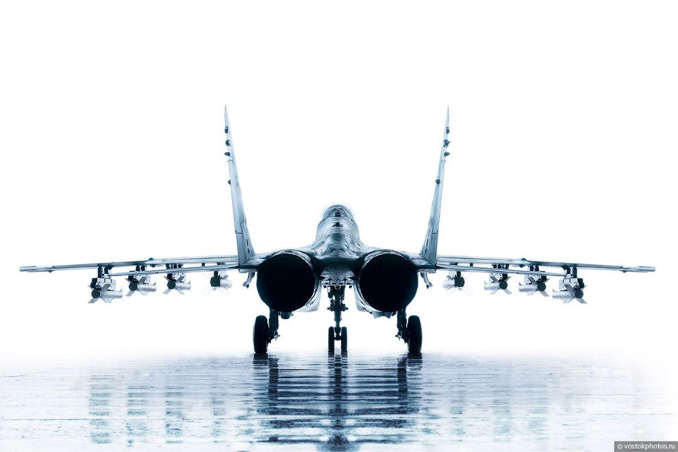 Съёмка истребителя МиГ_35 (3)