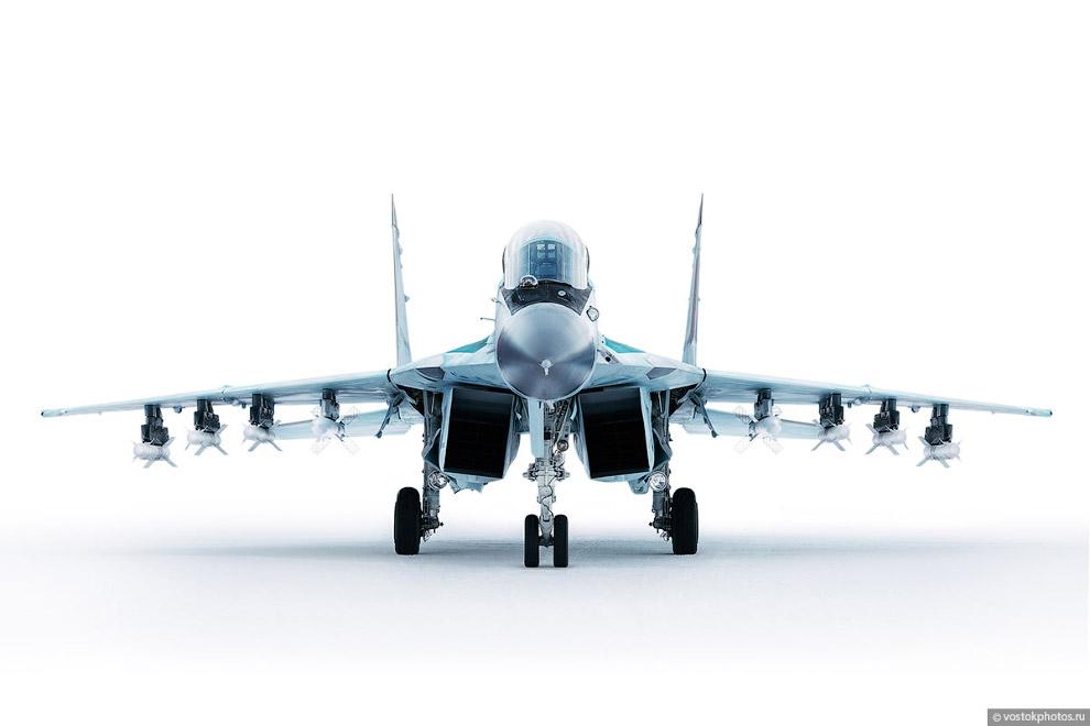 Съёмка истребителя МиГ_35 (4)