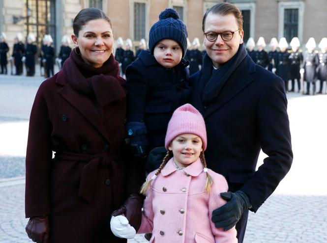 Кронпринцесса Виктория и Даниэль Вестлинг с детьми - Оскаром и Эстель - в Стокгольме, 12 марта 2019 года