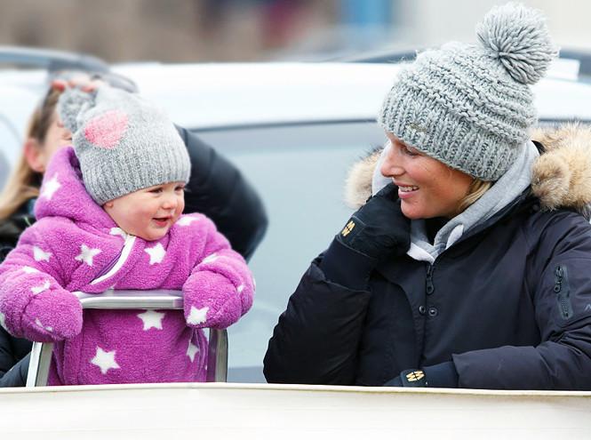Зара с дочкой Мией, 25 января 2015 года