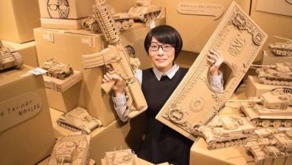 Японка не выкидывает коробки  из картона - она находит им оригинальное применение