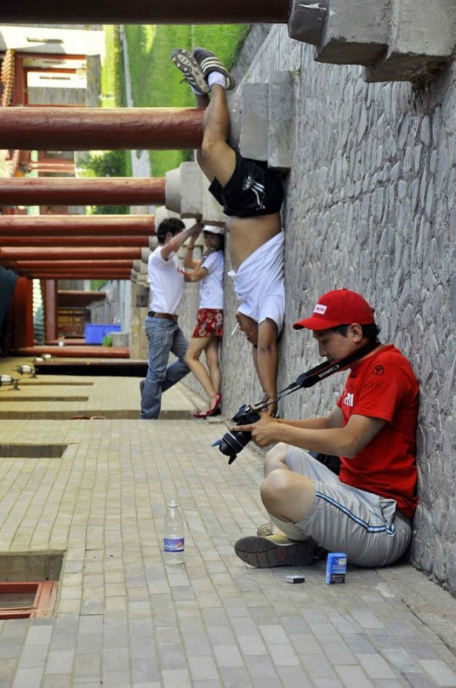 forced_perspective_creative_angle_photography_31_570cebb3cf37b__605_tumb_660