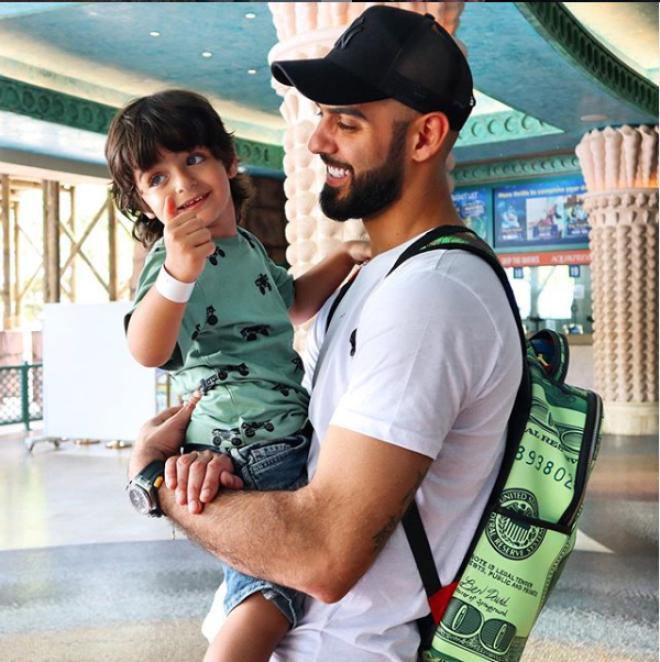 Омар Боркан: 5 лет назад его выслали из страны за красивую внешность и что же с ним стало