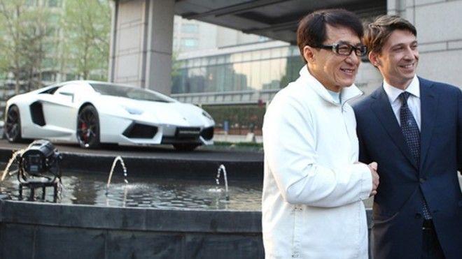 Джеки Чан – Lamborghini Aventador