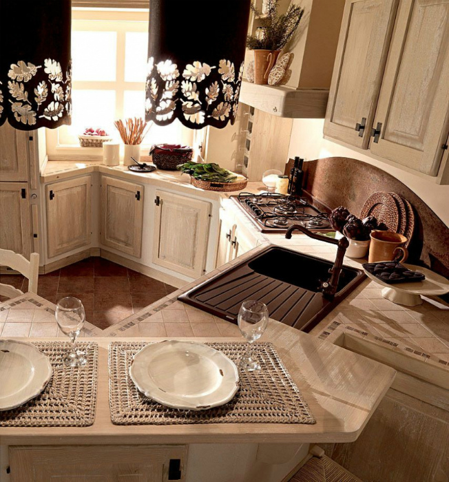 11_furniture_in_kitchen