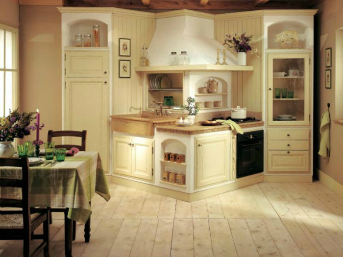 2_furniture_in_kitchen