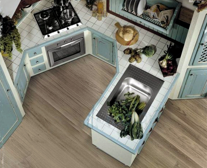 5_furniture_in_kitchen