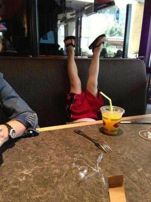 Житейские снимки о поведении стандартных «яжематерей» и «тыжеотцов»