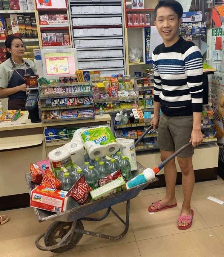 В Таиланде вышел запрет на пластиковые пакеты. Люди нашли им альтернативу
